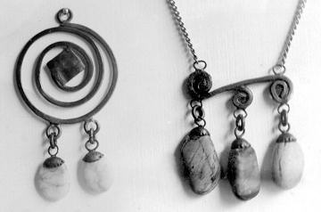 Nakit (prstenje,naušnice,ogrlice,lančići,narukvice) Nakit1